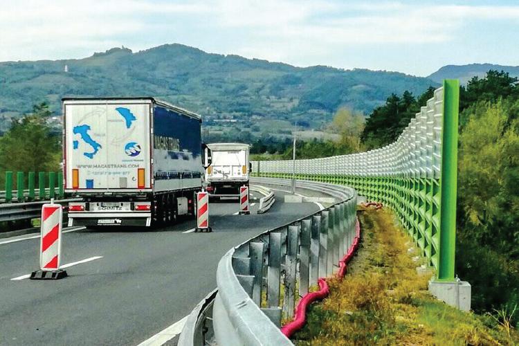 Wind barriers on Razdrto-Vipava highway